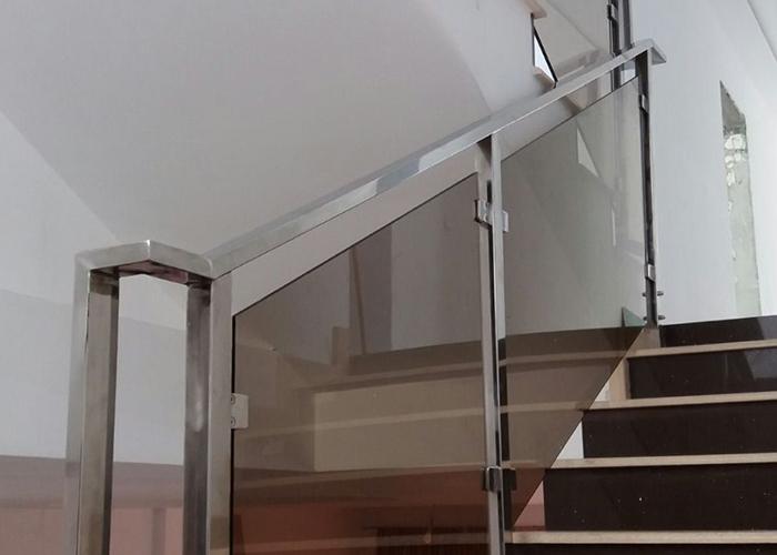 Balustrada inox rectangular satinat-lucios - overview