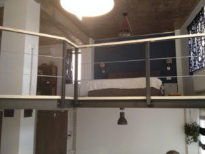 balustrada vopsita cu lemn
