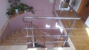 balustrada inox cu plecare roluita